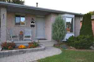 HOUSE FOR RENT 3 BED WHITE OAKS AREA $1600 PLUS UTILITIES.