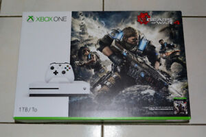 Xbox One S 1TB Gears of War 4 Bundle Plus games Brand New
