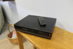 VHS Player / Recorder (Stereo)