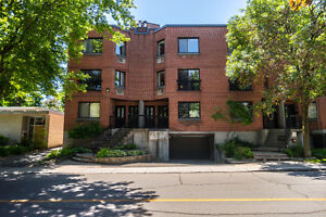 Large Contemporary Condo in Ideal Westmount Location