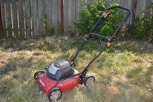 Homelite 18-inch Corded Electric Lawnmower