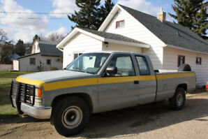 1988 Chevrolet 2500 series extended cab long box.