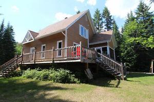 ST-DONAT : Maison près Mont garceau + accès lac Archambault