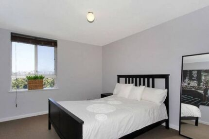 Furnished Queen flatshare, Leederville shops, free bus to CBD
