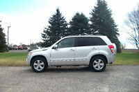 2010 Suzuki Grand Vitara 4x4- Limited.  2 SETS OF TIRES & RIMS!!