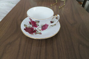 Delphine bone china cup