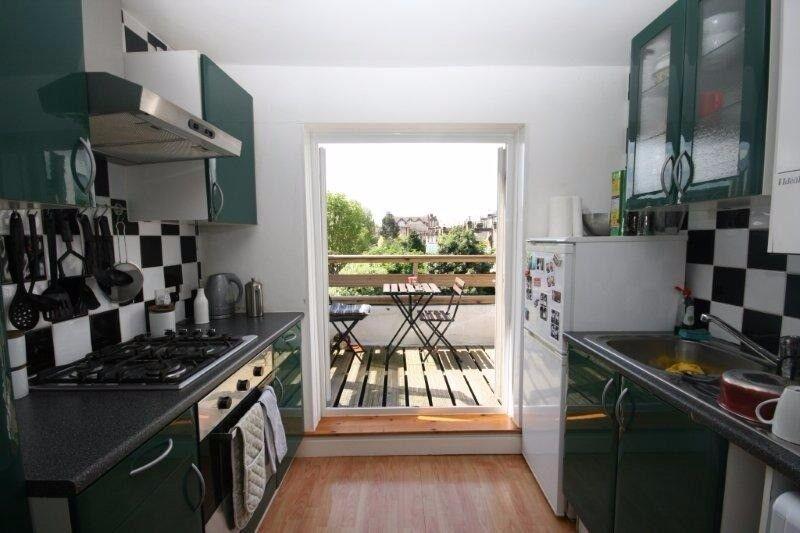 Modern one bedroom flat to let on Pellant Road Fulham.