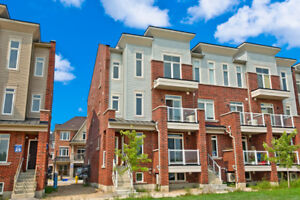 Beautiful condo Town Home for sale in Pickering