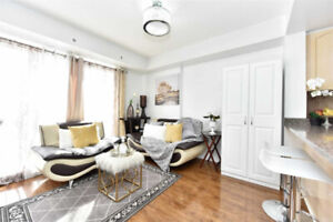⭐️LOVELY TOWNHOME IN HI-DEMAND, QUIET AREA OF DOWNSVIEW!⭐️
