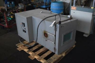 Mts Environmental Test Chamber 651 Oven Thermotron Instron Tensile Compression