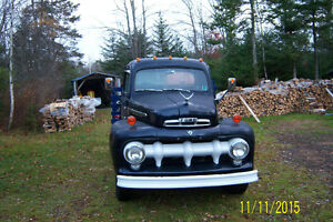 selling do to ill health, 51 Ford F3 heavy 3/4 ton truck