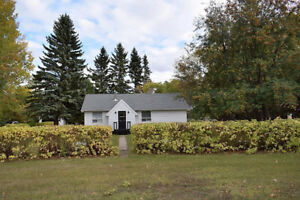 Parkside Bungalow on Private 1.05 Acre Lot