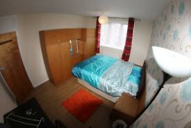 AMAZING PRICE AVAILABLE TODAY - Double room Stratford - 15 min to Liverpool street.
