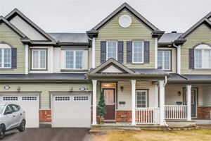 Lovely three bedrooms townhome in Avalon