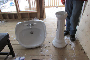 Victorian Style Pedestal Sink with new taps Peterborough Peterborough Area image 4