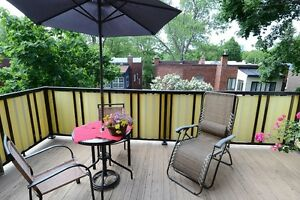 Large Sunny 7 1/2 Upper Duplex HEATED (Monkland village)