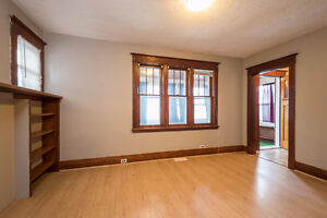 Cozy bungalow in Central London; a great investment! London Ontario image 4
