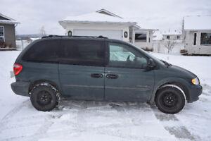 2001 Dodge Caravan Minivan, Van