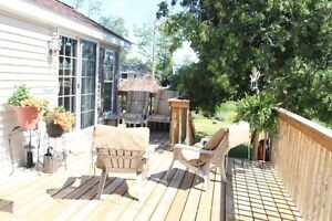 Wasaga Beach Waterfront Cottage For Sale