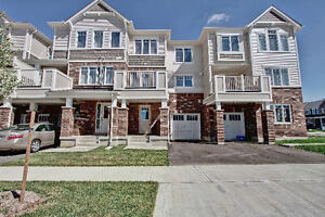 Beautiful 2 Bedroom Townhouse in Huron Park