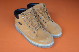 New York LugZ Men's Boots (Size 10)