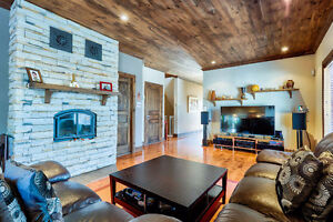 Luxueux appartement avec GARAGE 4 chambres, 3 salles de bain