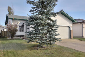 Immaculate Home in Deer Park, Spruce Grove 349,900