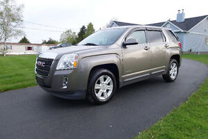 ***2011 GMC Terrain SLE***      ***FINANCING AVAILABLE!***