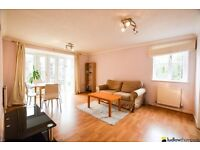 Used, Bright and airy two bedroom apartment with a separate lounge and parking LT REF: 4546471 for sale