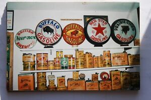 Wanted old BUFFALO-Oil & grease cans signs PAY CASH