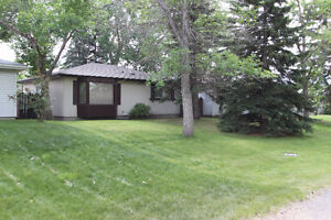 Suited Bungalow <$320,000!