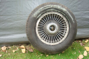 1980 Ford LTD Tires and Rims