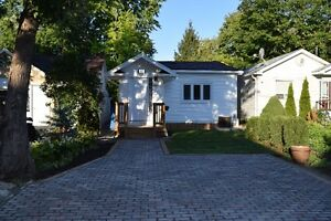 2 BD BUNGALOW IN RICHMOND HILL FOR RENT