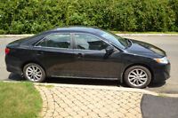 2014 Toyota Camry LE Upgraded with Leather and Navi