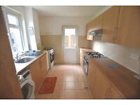 3 bedroom house in Edgecombe Road, Oxford, OX3(Ref: 95)