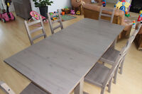 Extendable table (stornas) + 6 chairs (kaustby) -IKEA