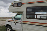 (last chance before the storage)1984 vanguard CLASS C motorhome