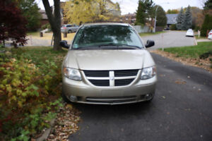 2006 Dodge Grand Caravan  SXT plus 125,000KM  $3000