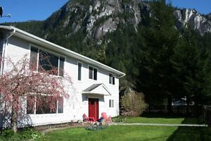 JULY 1ST-2800$ - Spacious 4 bedroom home for rent.SQUAMISH BC