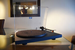 Table tournante - Bras en carbone + Cartouche bois et phono Amp