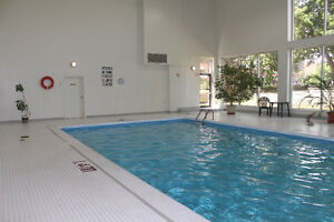 2 bedrm, 2 full bathrm, indoor pool, near Montfort Hospital