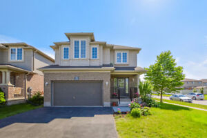 Beautifully renovated 5 bedroom home!