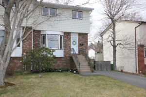 Beautiful Townhouse For Sale Dartmouth, move in Ready