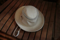 WOMAN'S CREAM COLOURED TILLEY HAT WITH VENT RIM AROUND TOP