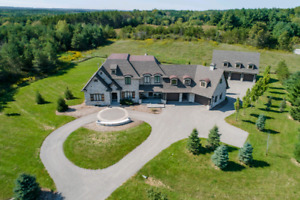 Luxury Home For Sale In Caledon