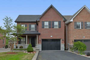TOTAL LUXURY IN ROUGEHAVEN - MARKHAM!  Open House Sun 2-4!!!