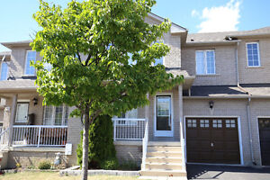 Beautiful townhouse in Vaughan for rent Weston/Ruthford