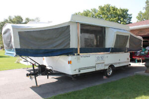 Like New Coleman/Fleetwood Tent Trailer