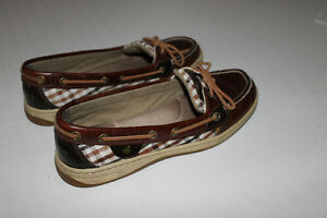 Ladies Sperry's shoes