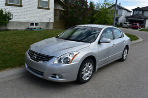 2012 Nissan Altima 2.5. Single owner